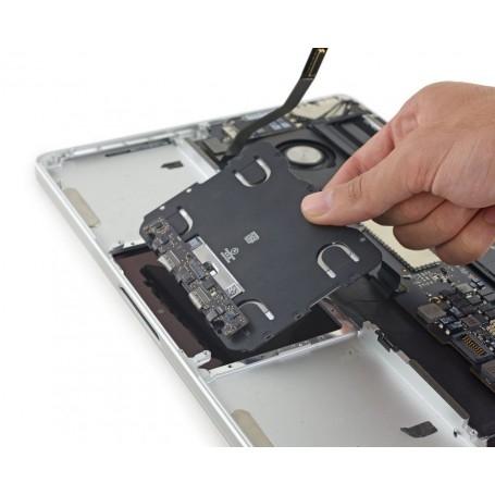Forfait réparation remplacement trackpad MacBook Pro Retina 13 pouces 2015 A1502